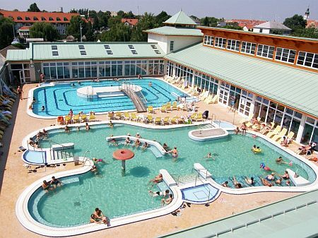 Large outdoor swimming pool at the Thermal Hotel in Mosonmagyarovar