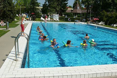 Swimming pool in Heviz - Hotel Helios in Heviz with good price-value rate